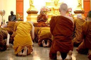 monastere bouddhiste Nanachat - Chanting
